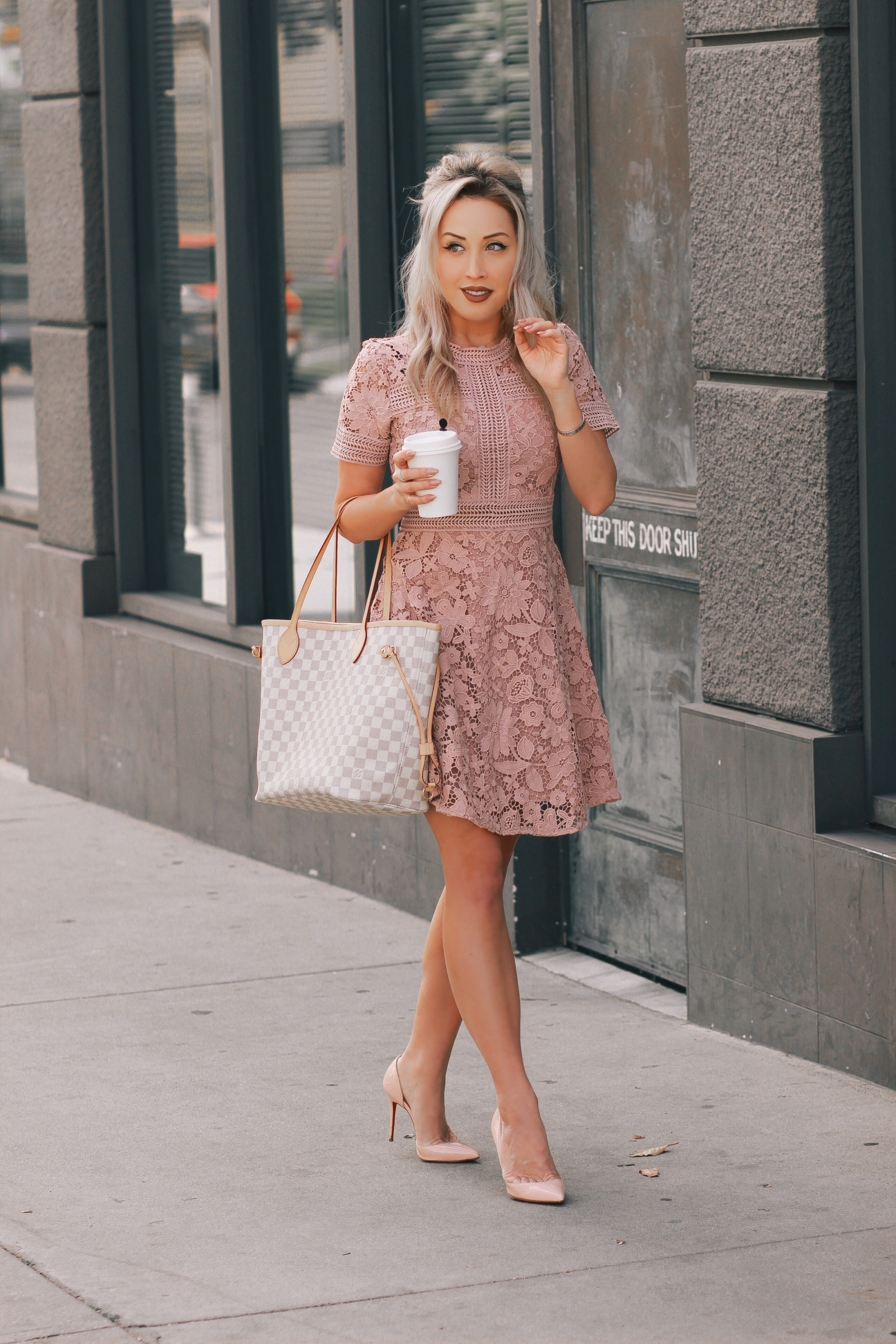 Blondie in the City | Pretty Pink Spring Dress | Louis Vuitton Neverfull | Pink Louboutin's
