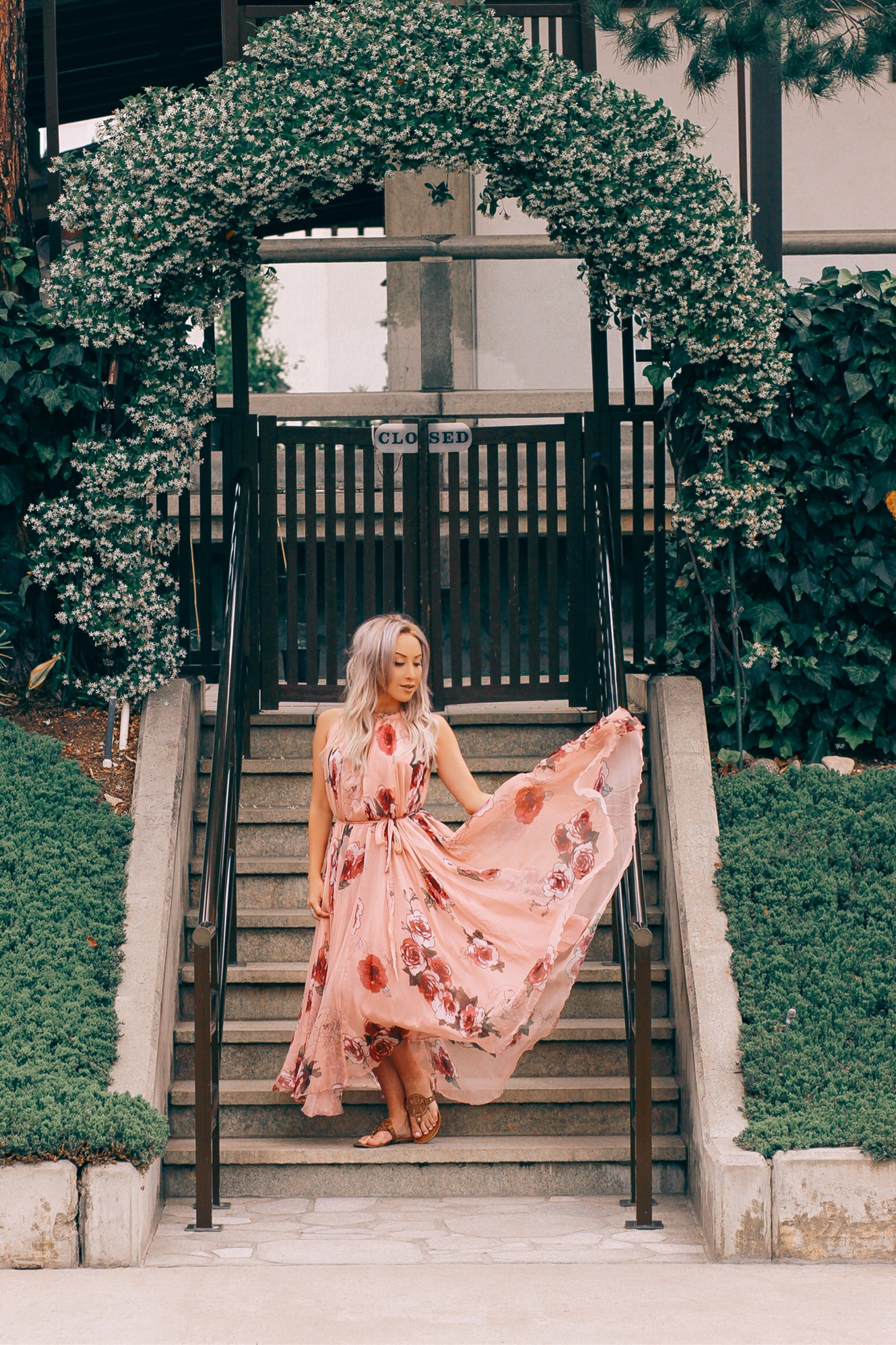 Blondie in the City | Pink Flowy Dress @chicwish | Bohemian Style