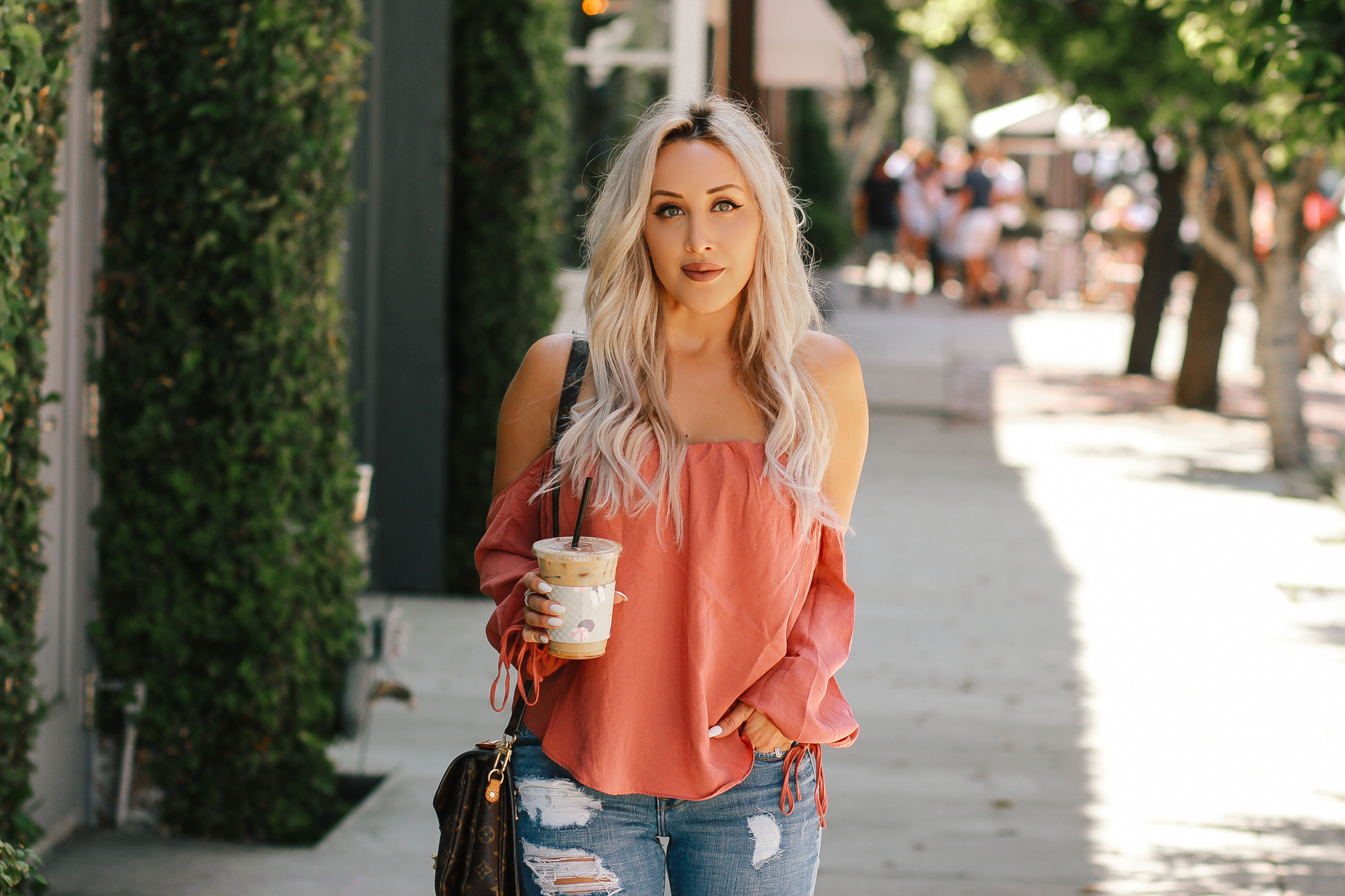 Blondie in the City | Off the Shoulder Top, Distressed Jeans, Sam Edelman Shoes | Summer Fashion