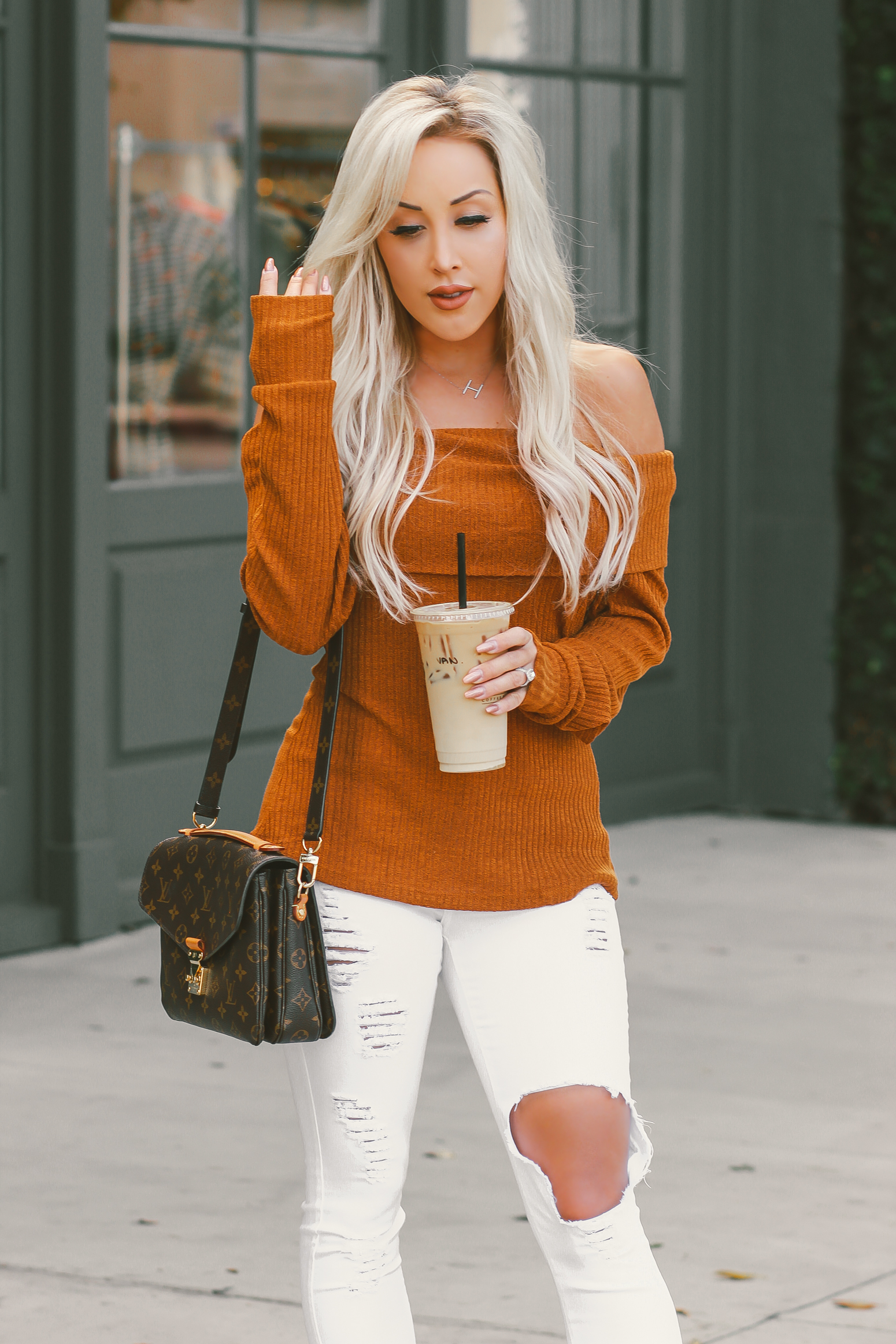 Blondie in the City | Thanksgiving Outfit Inspo