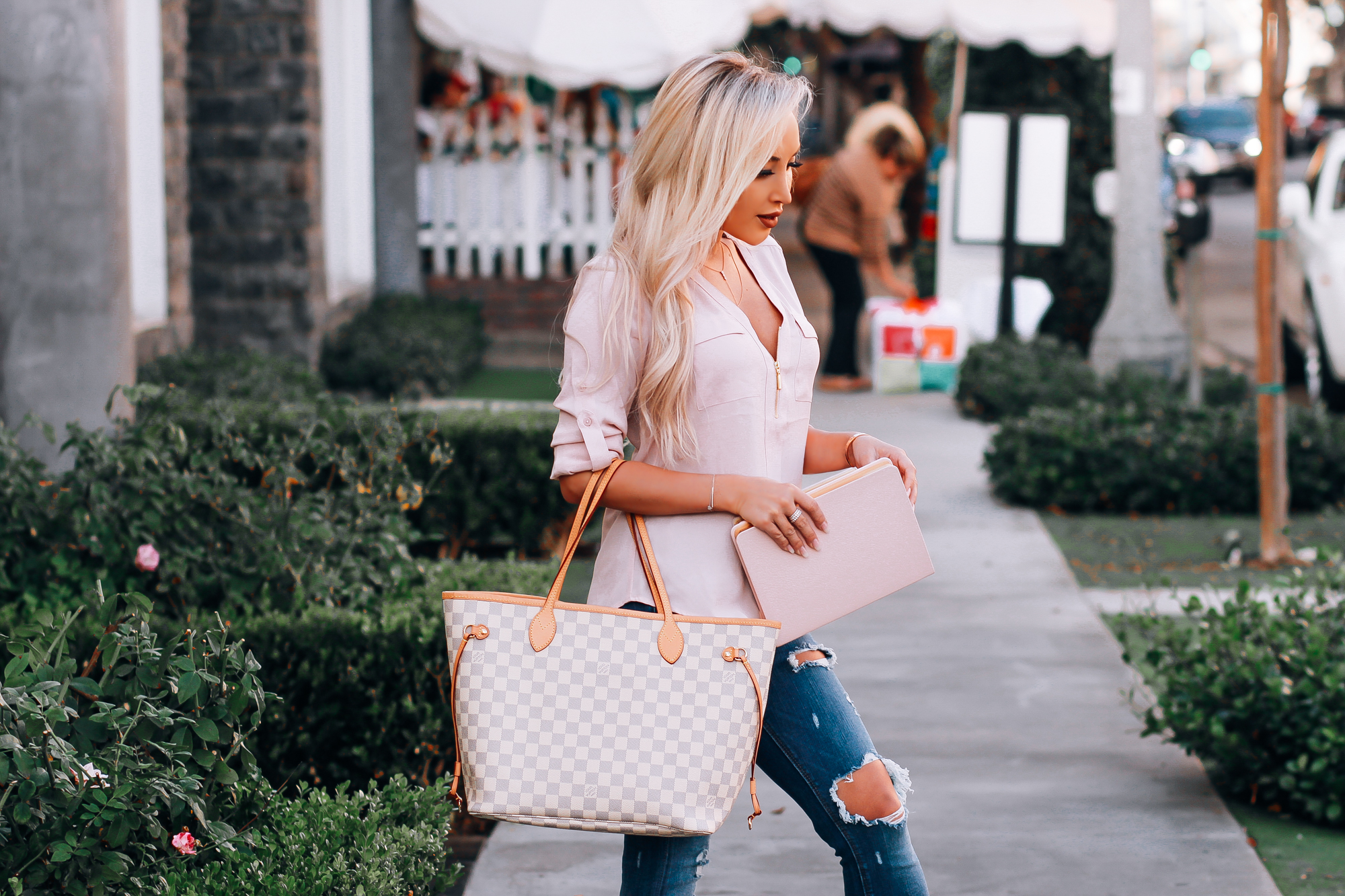 Blondie in the City | Casual Style | The Prettiest Pink Journal & 2018 Agenda