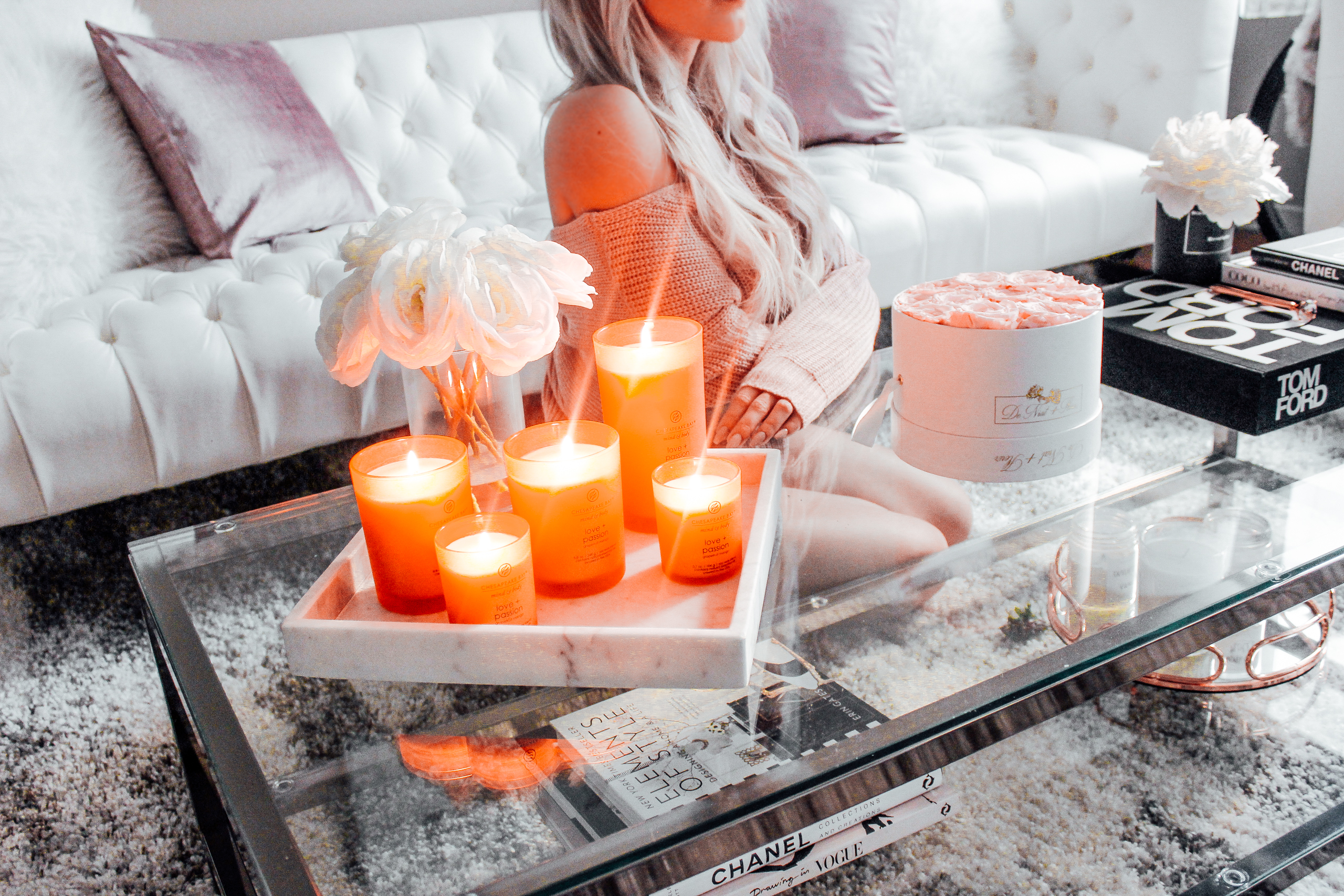 Valentine's Day Vibes w/ Chesapeake Bay Candles | Blondie in the City by Hayley Larue | Home Decor | Apartment Living room decor