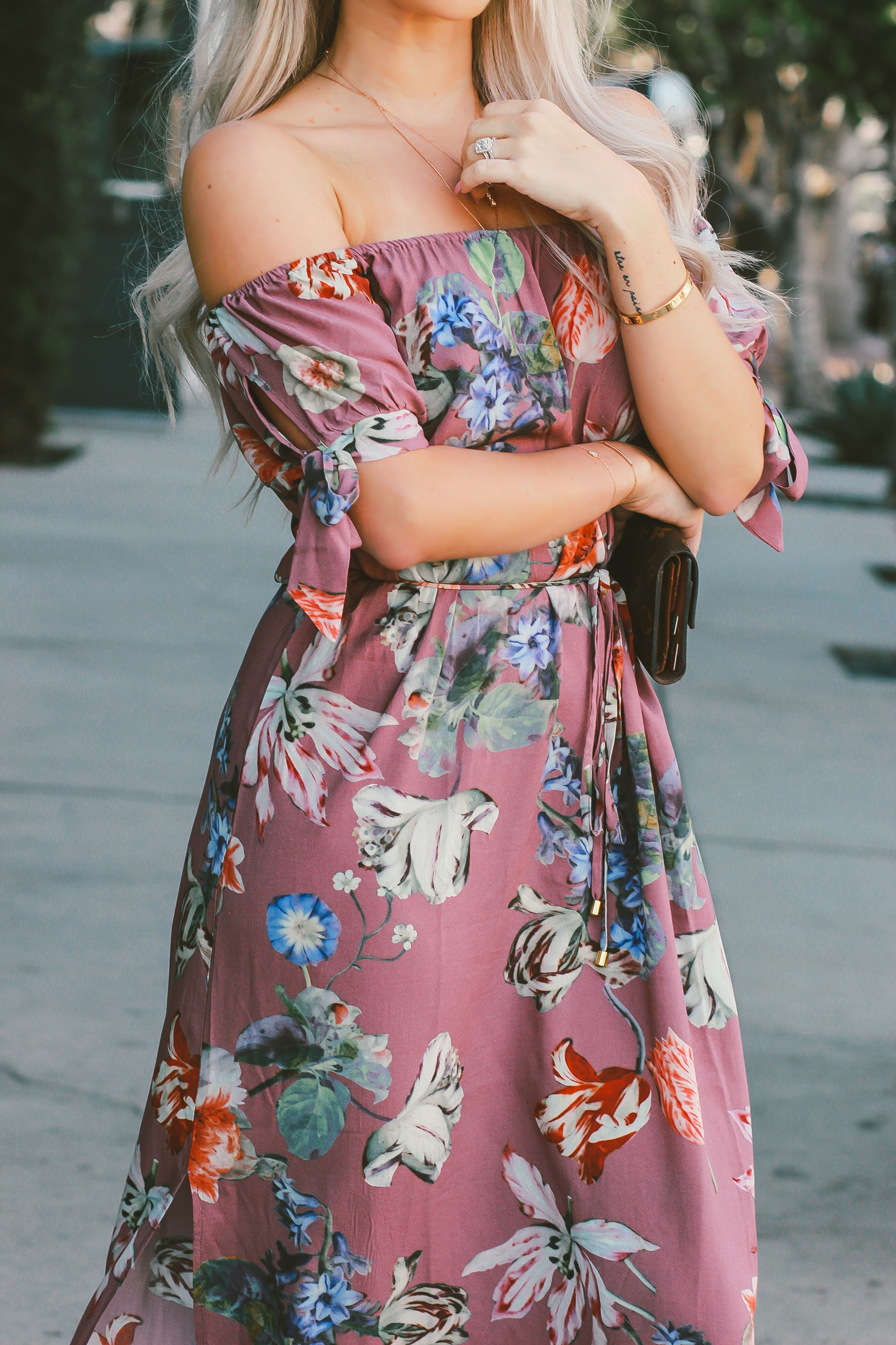 A Plum Floral Dress from @plumprettysugar | Spring Style | Blondie in the City by Hayley Larue