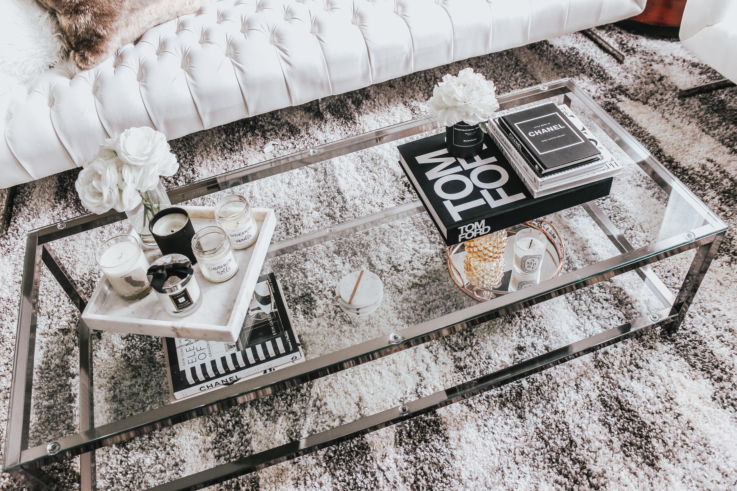 7 Tips For Styling Your Coffee Table | Coffee Table Styling | Coffee Table Books | Neutral Living Room | Home Decor | Blondie in the City by Hayley Larue