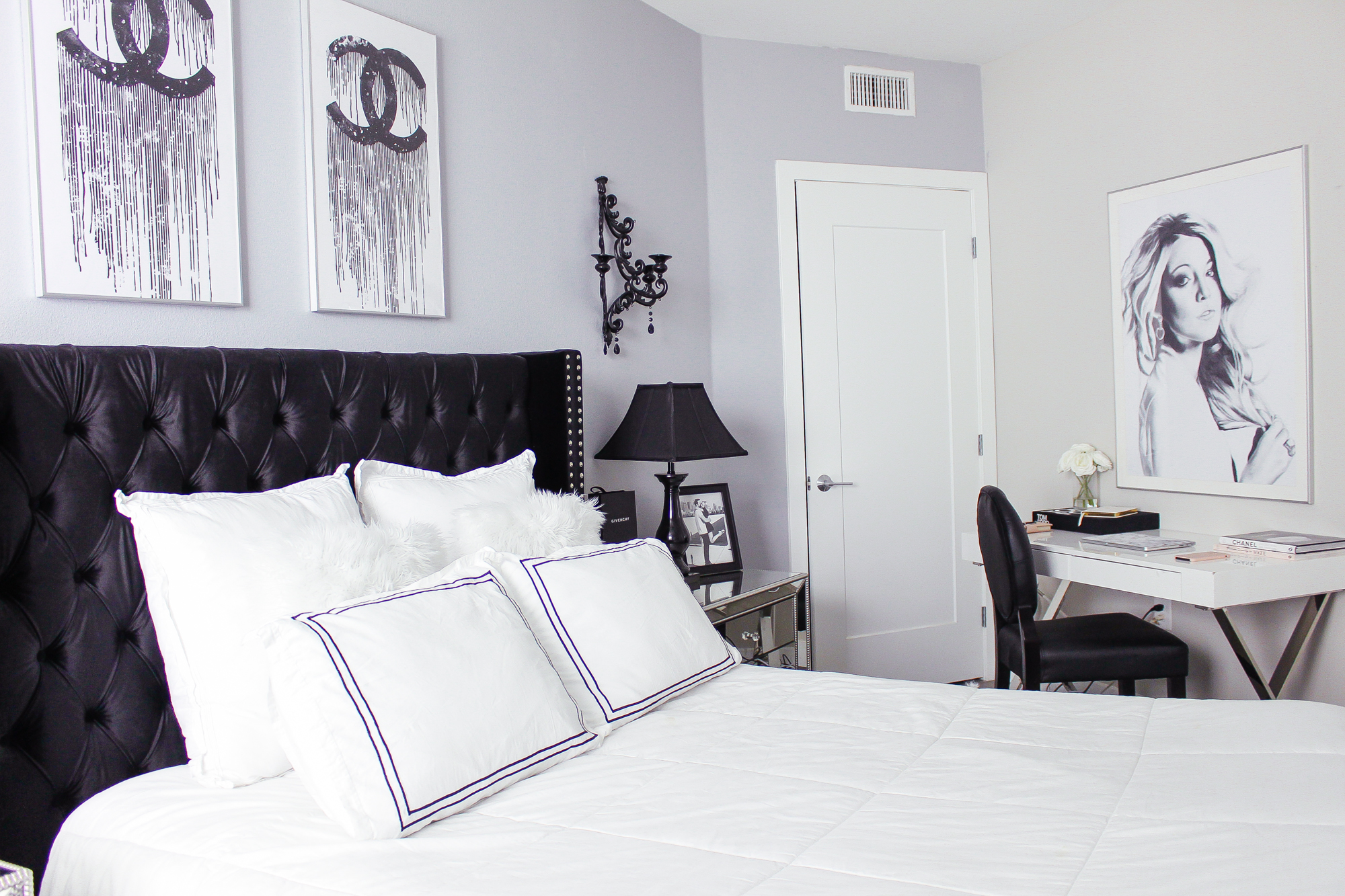 Black & White Bedroom Decor Reveal